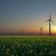 Šai valdībai ir jāpieņem jaunais Zaļās enerģijas likumprojekts Thumbnail